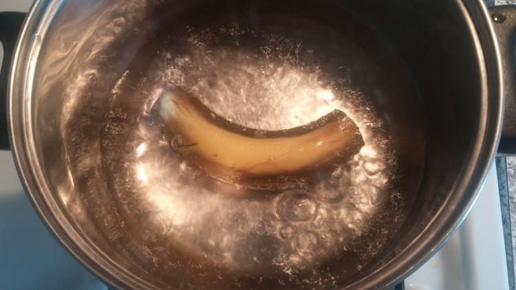 boil-banana-tea-750x422